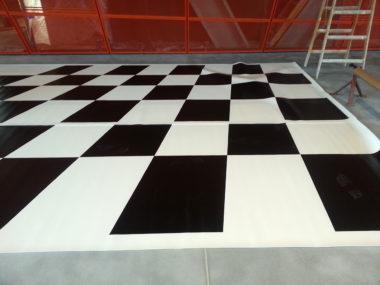 Wykładzina w pokoju iluzji